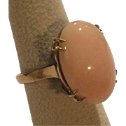 Large  Angel Skin Coral Ring With Beautiful Gold Detail 14k