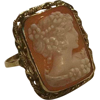 Large 18k Carved Cameo Ring