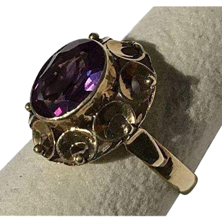 14k Color Change Sapphire Ring