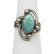 Vintage Sterling Silver & Turquoise Ring Swirl Arrow Design Southwestern Sz 5.75