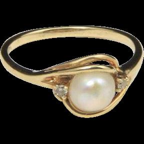 Vintage Lovely 14k Yellow Gold 6mm Creamy White Pearl & Diamond Ring Sz 6