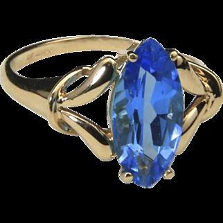 Estate 10k Yellow Gold & Blue Topaz Ring Sz 9 Signed JCR Cocktail Blue Statement