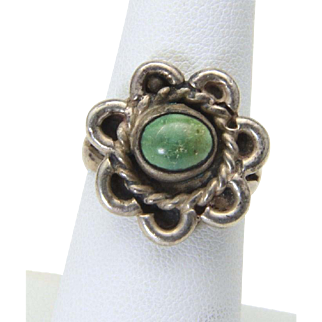 Vintage Early Sterling Silver Flower Design Green Turquoise Stone Ring Size 7