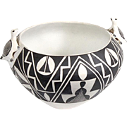 Vintage Acoma Pueblo New Mexico Indian Native American Pottery by Sarah Garcia Effigy Bowl