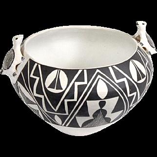 Vintage Acoma Pueblo New Mexico Indian Native American Pottery by Sarah Garcia Effigy Bowl