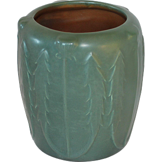 Hampshire Pottery Arts & Crafts Matte Green Thistle Vase, Keene, NH, 1904 – 14