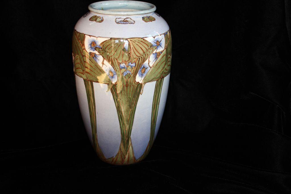 Dating doulton lambeth pottery marks 5