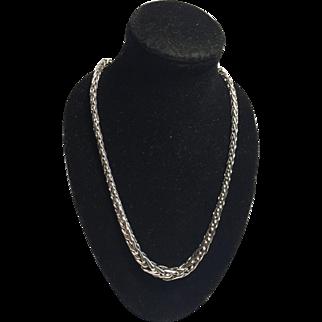 14k WG Woven Wheat Chevron Chain/Necklace Collar Length 17in./43cm