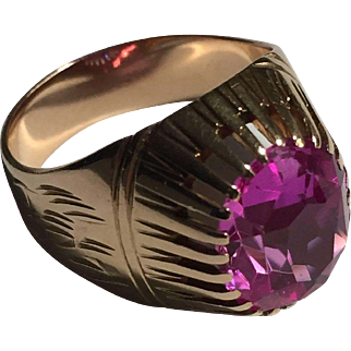 Russian rose- gold 583 (14k) Pink Corundum (lab created) ring Size 7 ¾  (US 7.75) c. late 1970s (USSR)