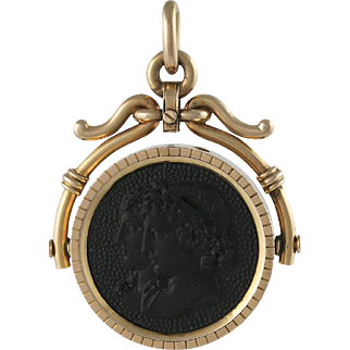 Victorian Classical 14K Gold And Onyx Carved Relief Cameo Locket