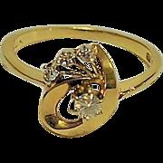 Vintage Round  Brilliant cut Diamond 14 kt Yellow Gold Designer Ring Unique Swirl design 4 diamonds