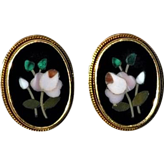 Antique Italian Pietra Dura 18 kt Gold Earrings Roses/Rose buds marked 750 (18 kt)