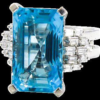 18k Large Estate Natural Aqua and Diamond Ring