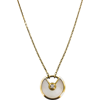 18K Cartier Mother of Pearl Round Pendant Necklace