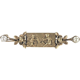 18K French High Relief Cupid Bar Pin with Pearls
