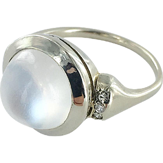 14K White Gold Art Deco Moonstone Ring with Diamonds