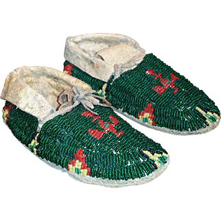 Native American Child Moccasins Beaded Thunderbird