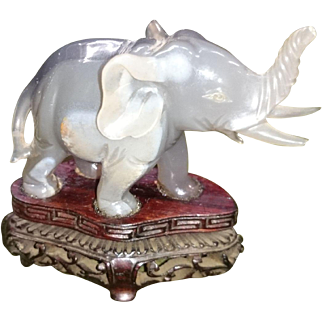 Chinese Qing Dynasty carved quartz elephant 🐘