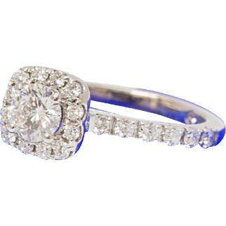 Solid 14K White Gold Leo Diamond Engagement Ring 2.7 Grams