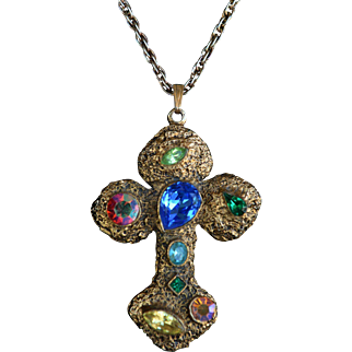 Vintage jeweled fruit salad gold toned cross pendant necklace