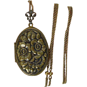 Pididdly Links Locket Necklace