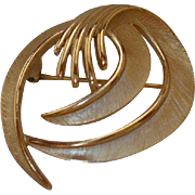 TRIFARI Swirl Brooch Pin