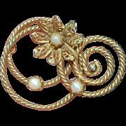 Vintage Faux Pearl Swirl Brooch Pin