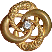 Vintage Gold Scroll Brooch Pin