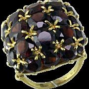 Big Garnet Cluster 18 Karat ring