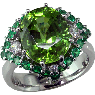 Burma Peridot Tsavorite Diam 14K Ring