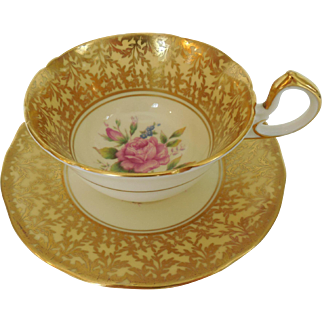 Incredible John Aynsley & Sons Bone China Pattern C80017 Leafy Filigree Gilt Border Center Floral Pink Roses Low Doris Teacup and Saucer Set