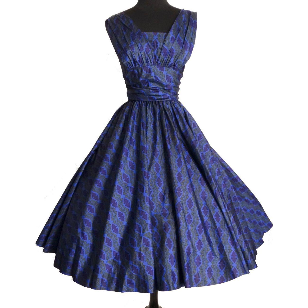 Vintage Garden Party Dresses 110