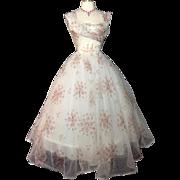 Vintage 1950s Dress//50 Dress//New Look//Rockabilly//Femme Fatale//Wedding Dress//Floral//Roses//Mod