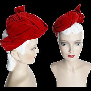 Vintage 1930s Hat//Tilt Hat//Red Velvet// 30s Hat//Designer//