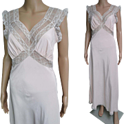 Vintage 1930s Gown// Bias Cut//30s Gown//1930s Nightgown//Tags Attached//Lace Detail//Pale Pink