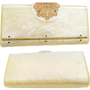 Vintage Lucite Purse//Wilardy//Clutch//Creme//Marbleized//Engraved Wilardy// New Look// Retro// Rockabilly