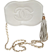 Vintage Chanel Purse//Creme//Signed//New Look// Retro// Rockabilly//Mod//Femme Fatale//Chanel