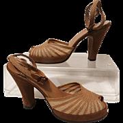 Vintage 1940s Ankle Strap Platforms// 40s Platforms//Open Toe//Ankle Straps//Designer//Brown//heels//History//
