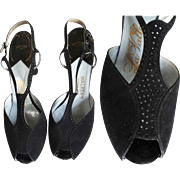 Vintage 1940s Heels | T-Straps | Designer | 40s Pumps | Black | Cutouts | Pumps
