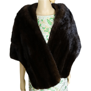 Vintage Mink Stole//BROWN MINK//60s Mink Stole//Mink//Mod//High Fashion//Phomberg's// Furs//New Look