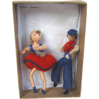 VERY RARE STEFANIA LAZARSKA'S A.A.P. fetishes/miniatures dolls from the early 20's. Couple of French Basque dancers.  Creator and maker of Mme Padereski's dolls