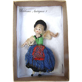 VERY RARE STEFANIA LAZARSKA'S A.A.P. fetishes/miniatures dolls from the early 20's. German Dancer couple. Creator and maker of Mme Padereski's dolls