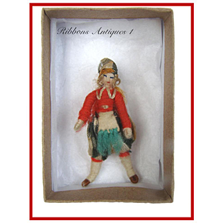 VERY RARE STEFANIA LAZARSKA'S A.A.P. fetishes/miniatures dolls from the early 20's. Scottish dancer. Creator and maker of Mme Padereski's dolls