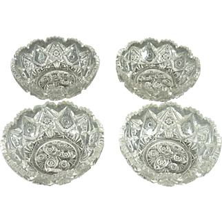 "Vintage Pressed Glass4.75"" Bowls/Dishes Set Of 4 Ornate Design Sawtooth Rim"