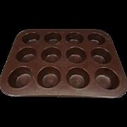 Mirro 182M Finest Aluminum Muffin 12 Cup Pan
