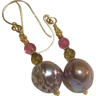 Japanese Cultured Kasumi Pearl 22kt Gold Earrings