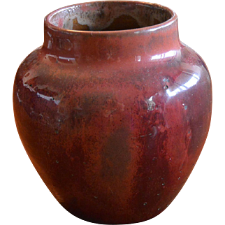 Newcomb College Pottery 1907 oxblood red vase