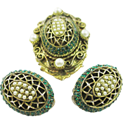 Exquisite HAR brooch- pin and earrings set with emerald rhinestones