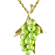 JUDY LEE green grape and leaf necklace