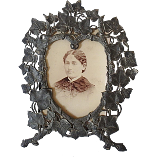 Antique 19th C. Victorian Spelter White Metal Heart Shaped Table Top Frame with Ivy Leaf